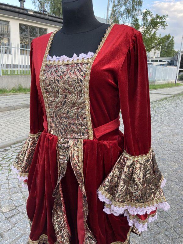 Szlachcianka Czerwona Krolowa stroj damski M 3
