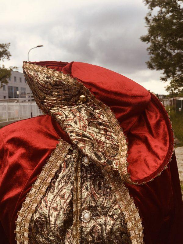 Szlachcic czerwony z czapka stroj meski 4