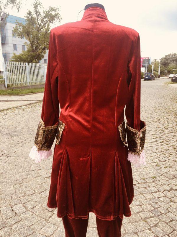 Szlachcic czerwony z czapka stroj meski 6